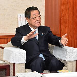経済連携協定などについて語る吉川貴盛農林水産大臣