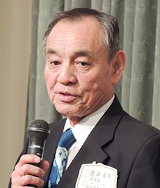 前垣壽男理事長