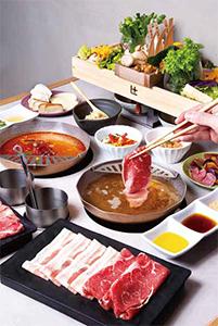 黒牛と熟成豚のコース 3,200円(税抜き)
